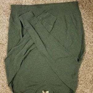MENS green sweater